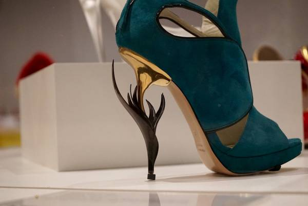 Artistic High-Heel Design
