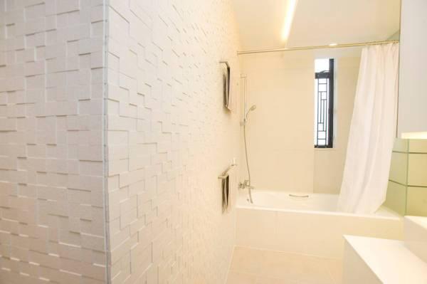 Bathroom 3D Wall Panel