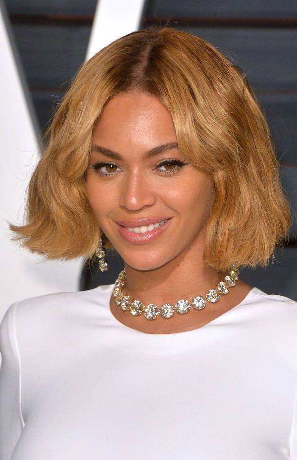 Beyonce Layered Short Hairstyles For Black Women