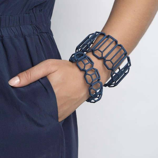 blue color 3d printed bracelet