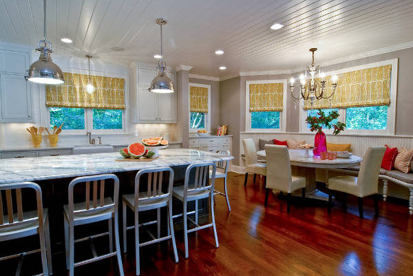 breakfast nook chandelier lighting