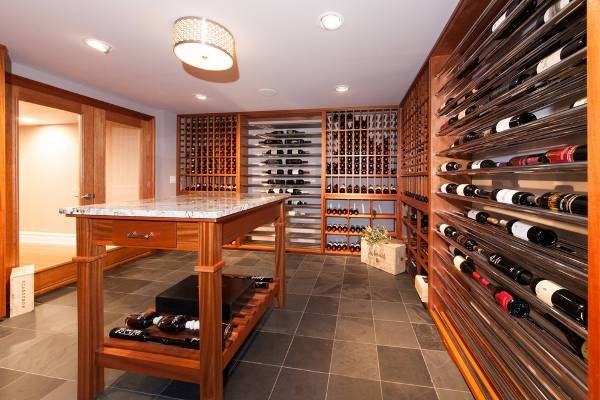 Contemporary Basement Wine Cellar Design