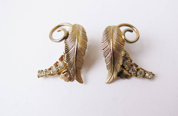 cute clip on feather earrings