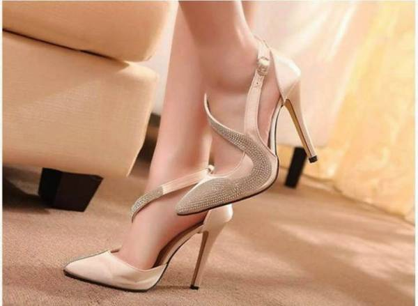 Fashionable High-Heel Design