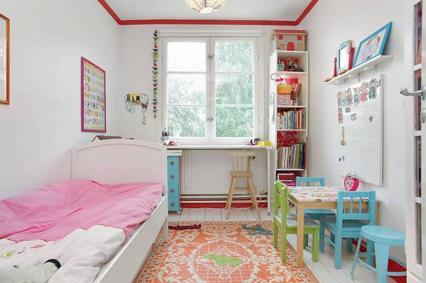 Girls Bedroom Small Furniture Idea