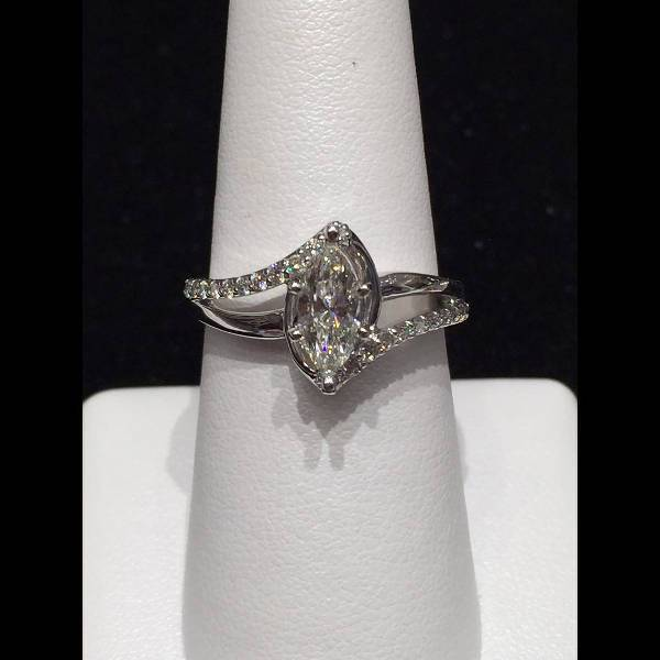 Lovely Marquise Diamond Ring