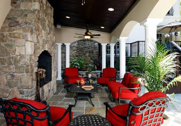 restaurant patio furniture
