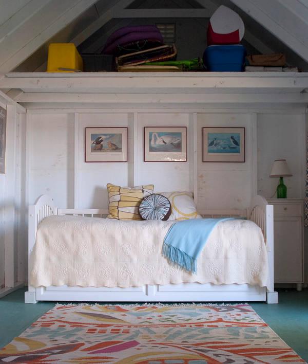 storage futons