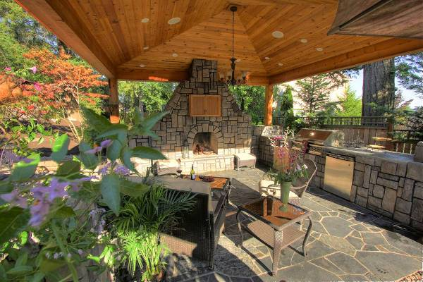 Tinny Fireplace Outdoor Kitchen