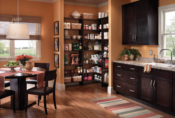 traditional corner pantry cabinets
