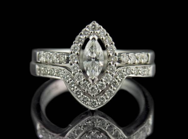 V-shaped Marquise Diamond Ring
