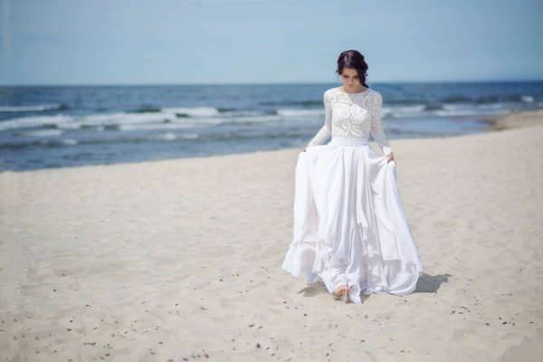 winter long wedding dress
