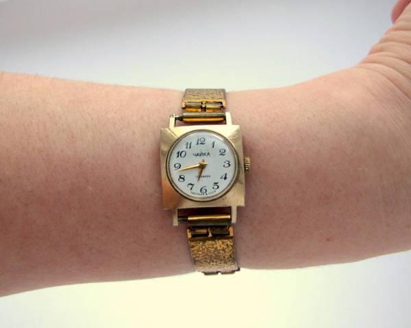 womens vintage wrist watch