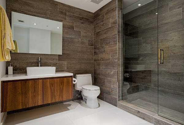 wood tiles bathroom