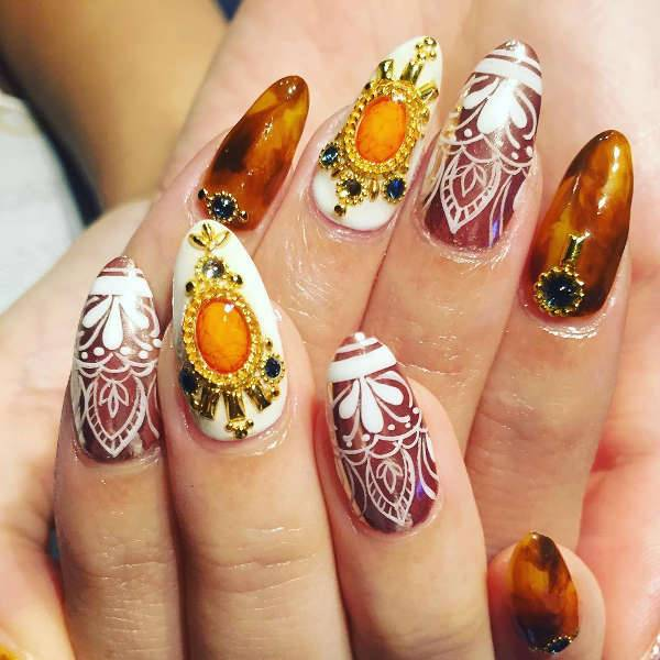 beach wedding nail design