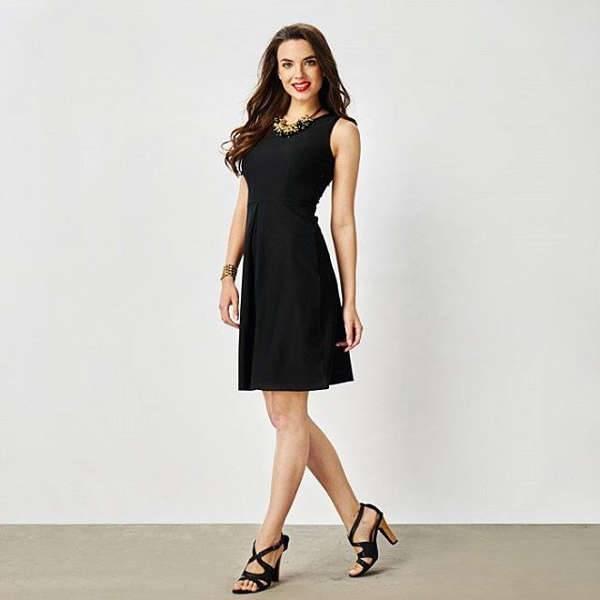 black skater dress