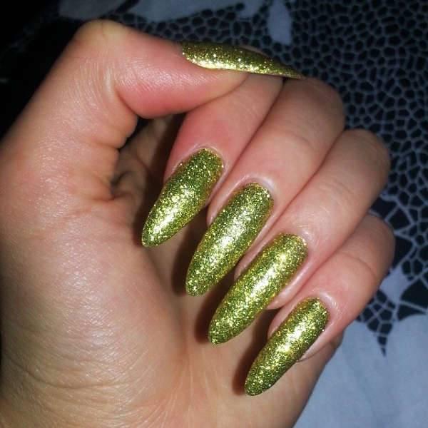 Glitter Pointy Nails
