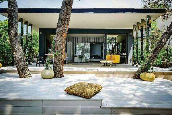 resplendent jadrija beach house