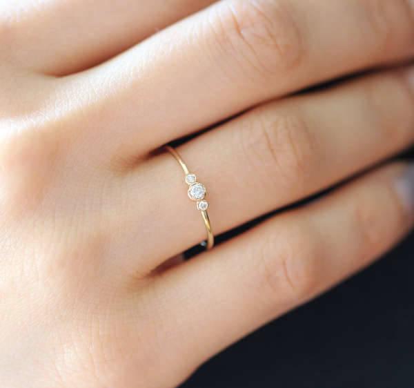 Round Stone Engagement Ring