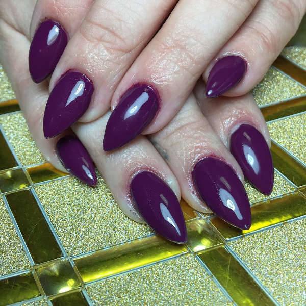 Short Pointy Nail Design Idea