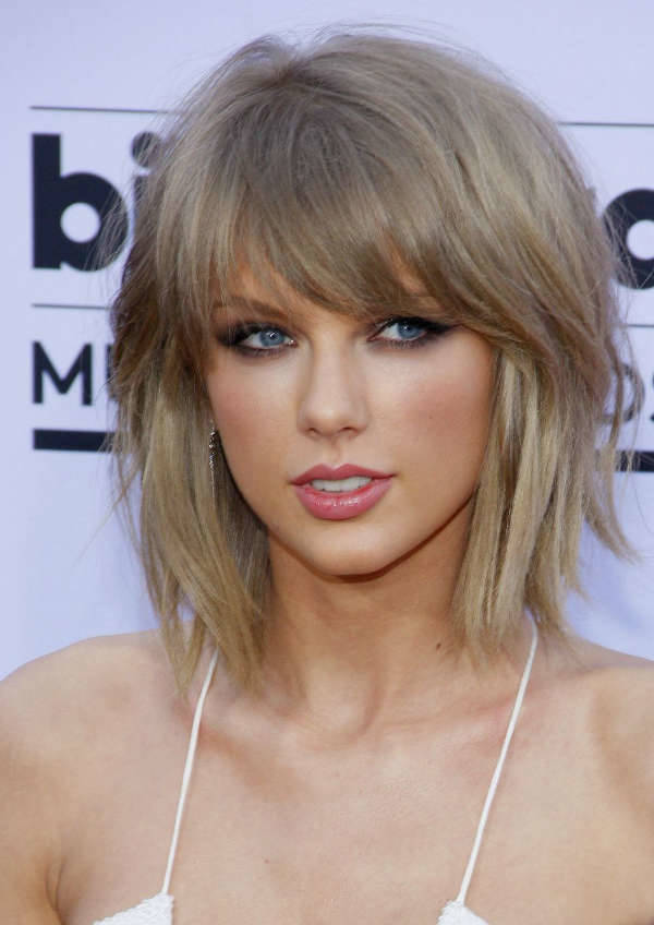Taylor Swift Inverted Layered Bob