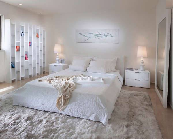 white modern bedroom design idea